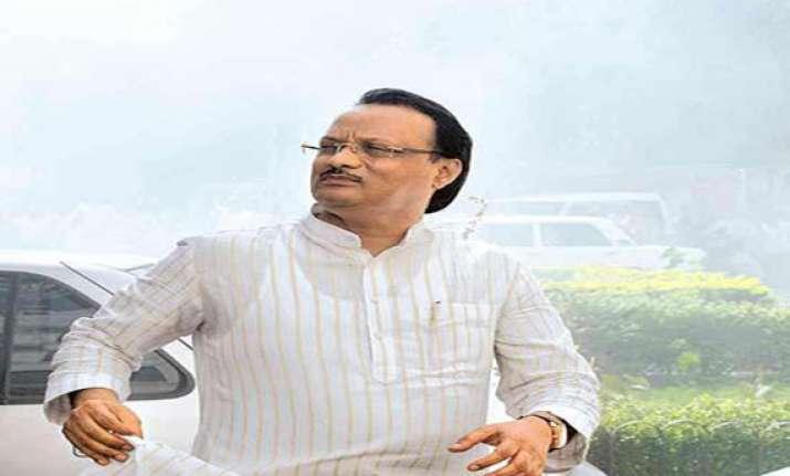 vote for supriya sule or will cut off water supply ajit