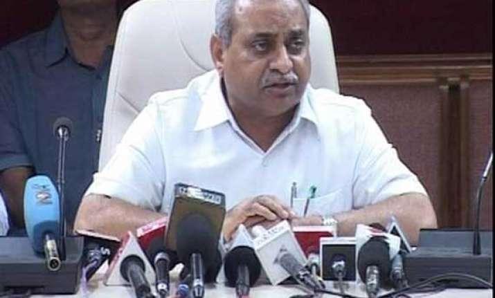gujarat minister nitin patel clarifies his poverty remark