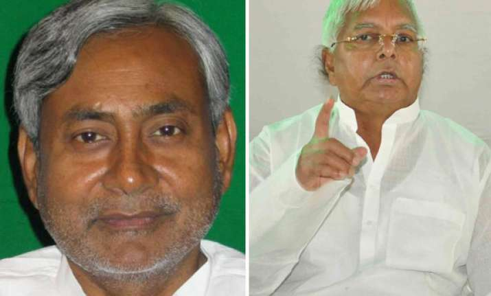 who is the secular leader in nda lalu asks nitish