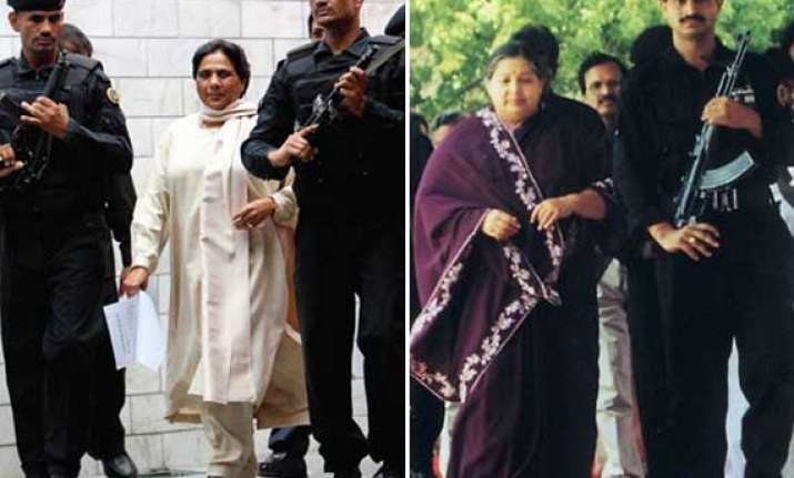 why mayawati jayalalithaa avoid female black cat commandos