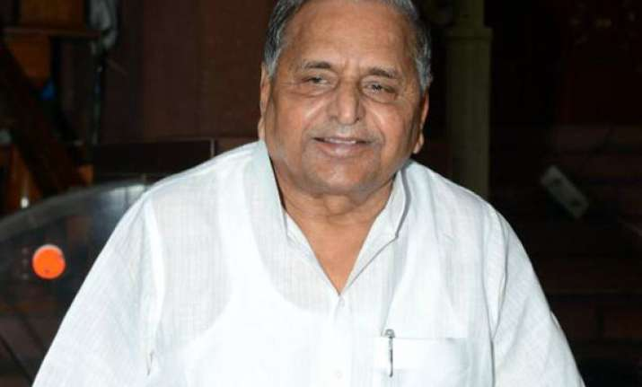 Women Reservation Bill against poor sections: Mulayam Singh Yadav