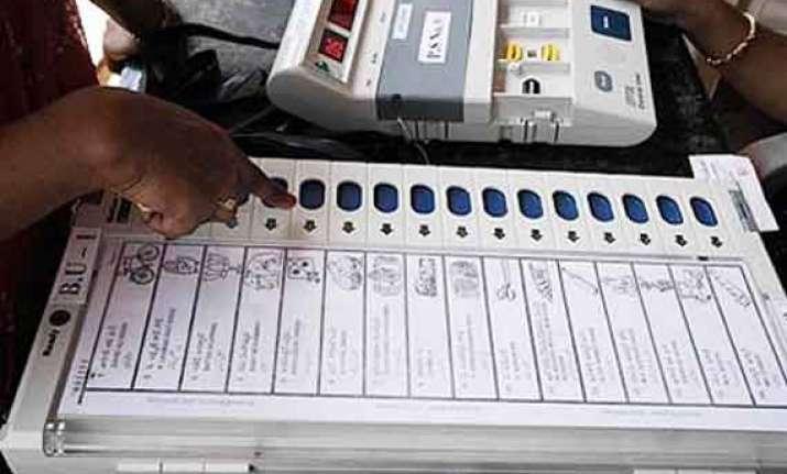 35 per cent voter turnout recorded in varanasi till 1 pm