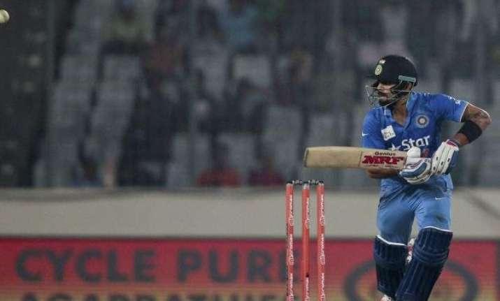 pakistan greats laud kohli s match winning effort