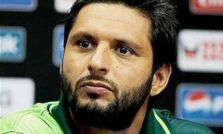 afridi engages lawyers for pcb case