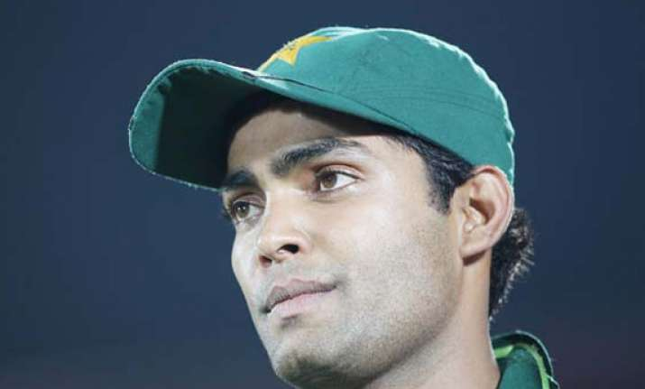 umar akmal suffers seizure in flight returning to pak from