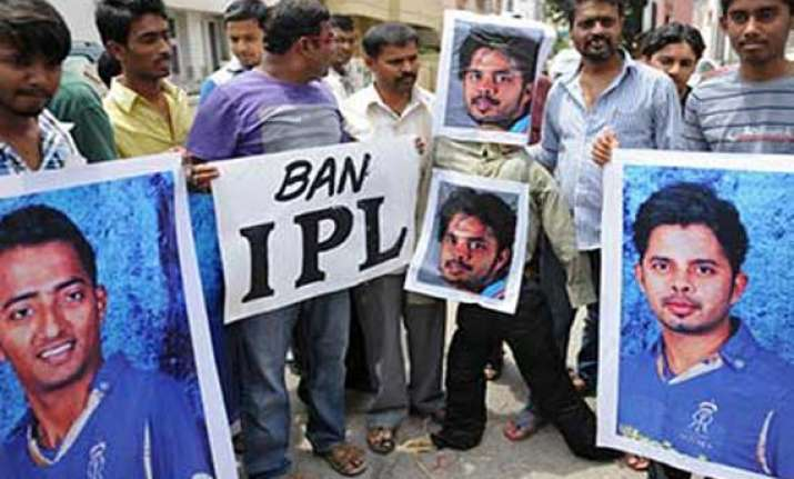 alleged kingpin in ipl betting racket arrested