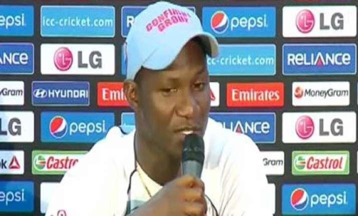 almighty wants sangakkara mahela to win a world cup sammy