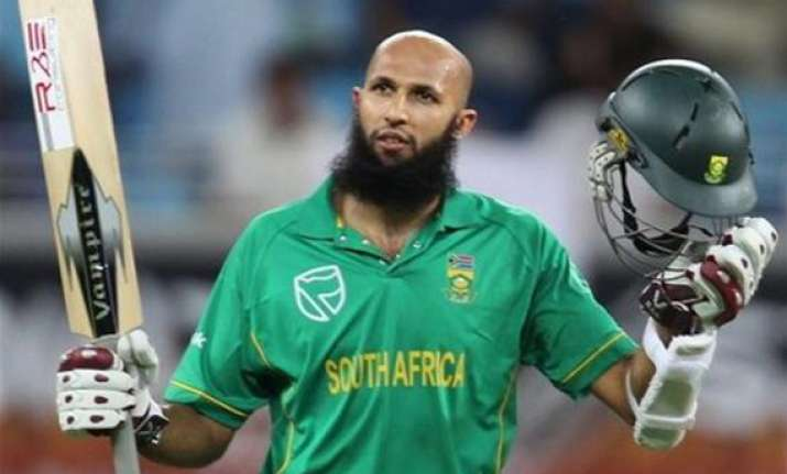 amla leads south africa to victory over bangladesh