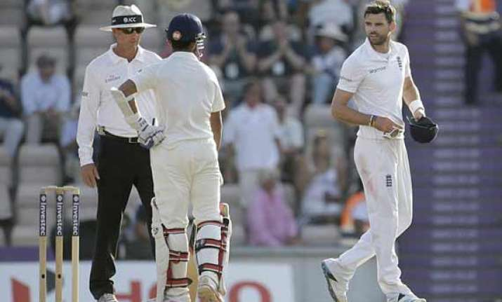 anderson again involved in spat this time with rahane