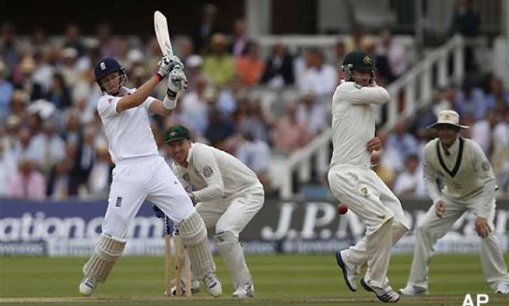 ashes england reaches 210 4 in 2nd test