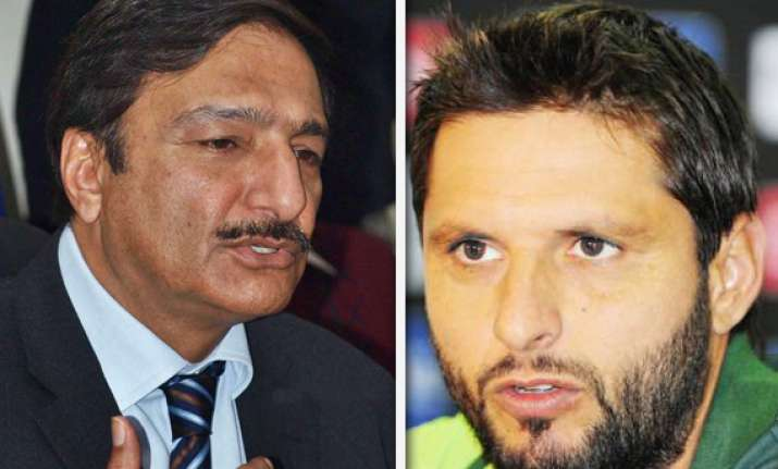ashraf thinks afridi is still good for one dayers