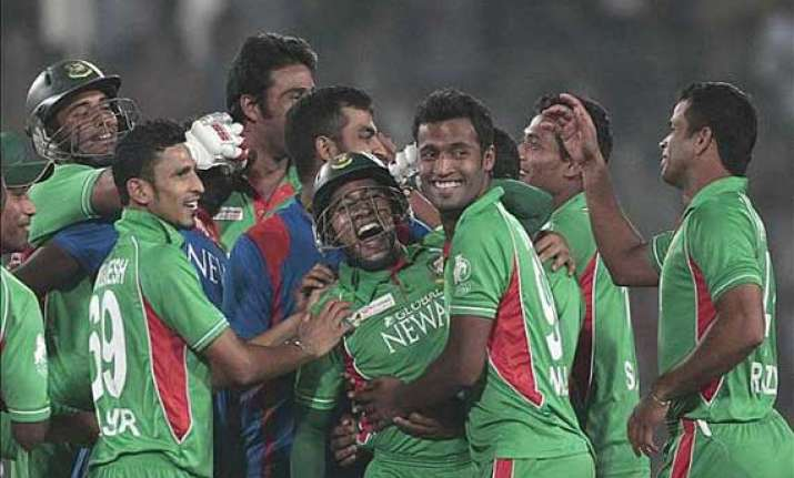 asia cup bangladesh wins toss bats against sri lanka