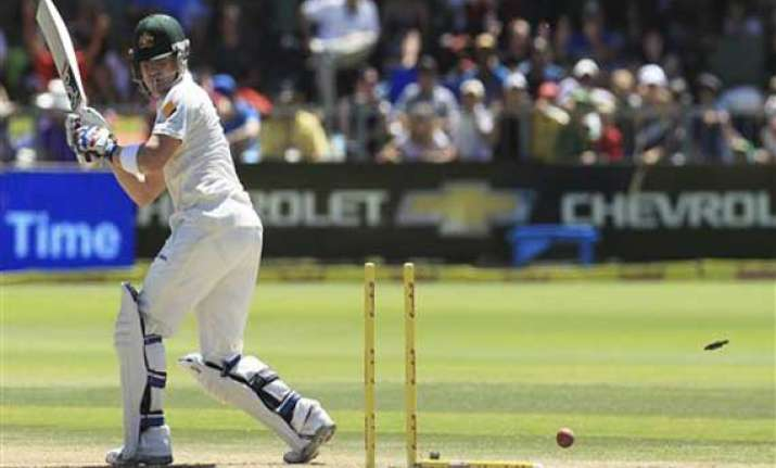 south africa builds big lead over australia