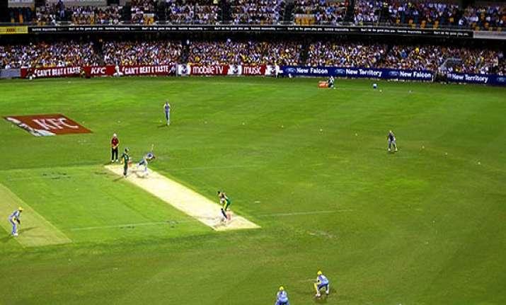 australia imports soil to mirror india pitches