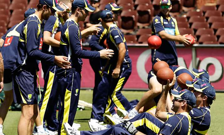 australia to take unchanged xi into 2nd test