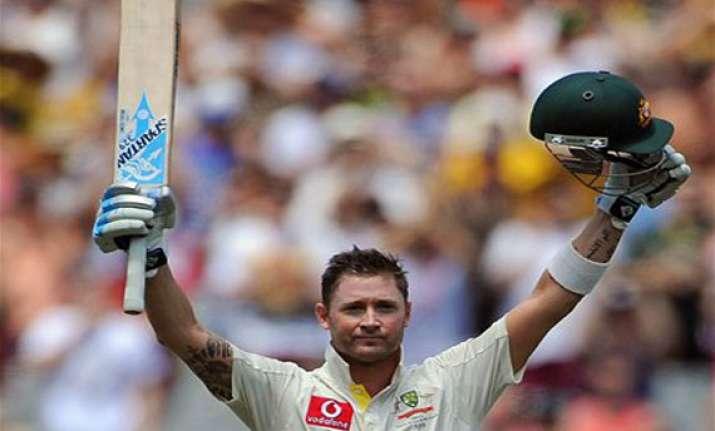 australia 440 for 8 at stumps leads sri lanka by 284