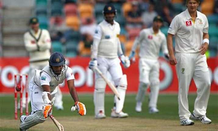 australia leads sri lanka by 328 after day 4