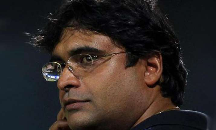 ipl6 bcci suspends meiyappan promises to assist police