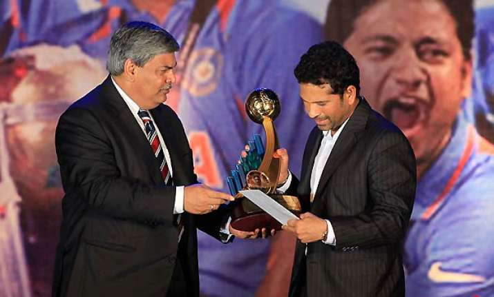 bcci felicitates world cup winning team sachin durrani