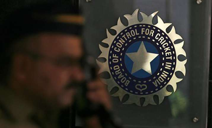bcci gets four bids for cricket rights in india