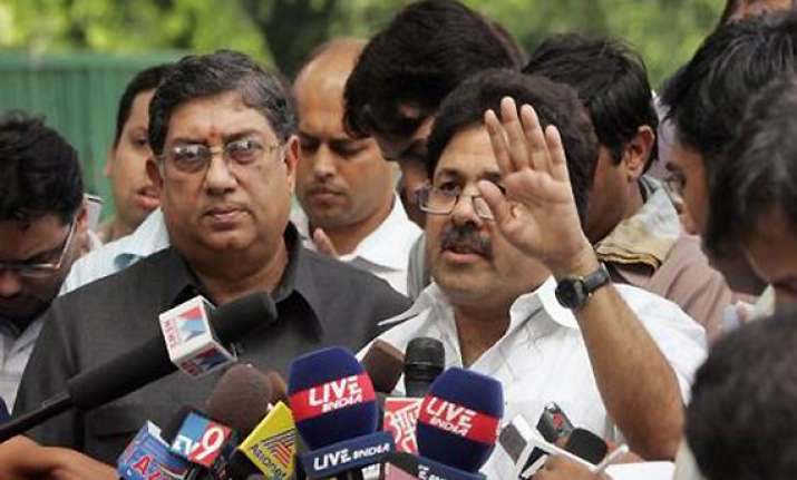 bcci offers olive branch says ready to sort out issues