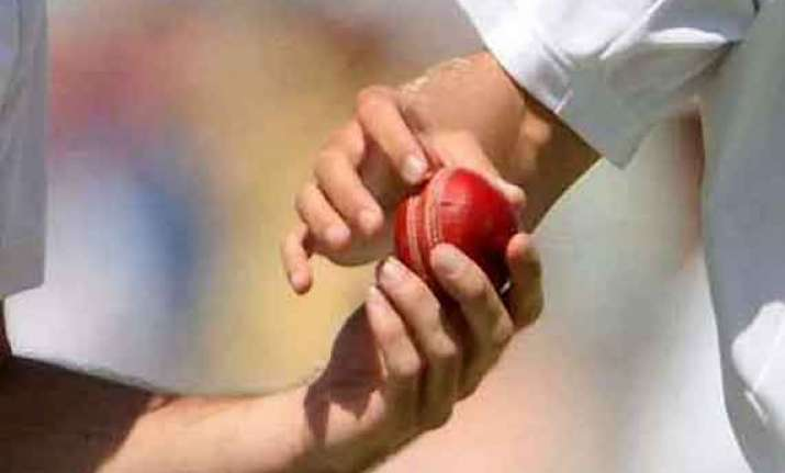 ball tampering south africa penalised 5 runs