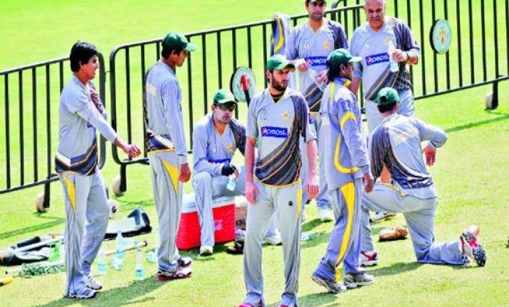 bangalore warms up for india pak t20 christmas contest