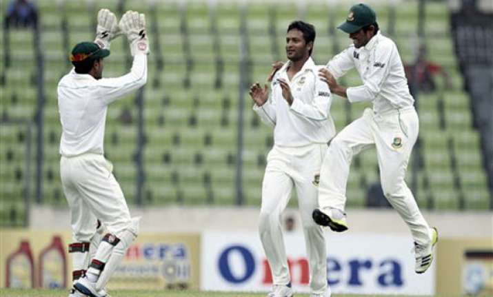 nz 107 3 in reply to bangladesh s 282 on day 2