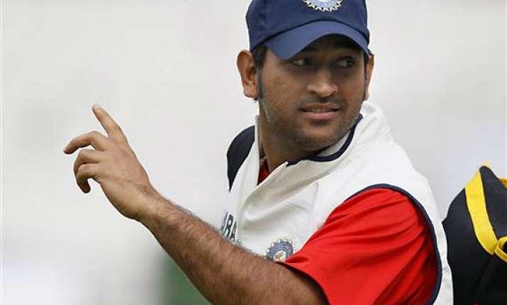 batting will have to click to prevent whitewash dhoni