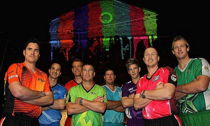big bash four clubs fined for non compliance of rules