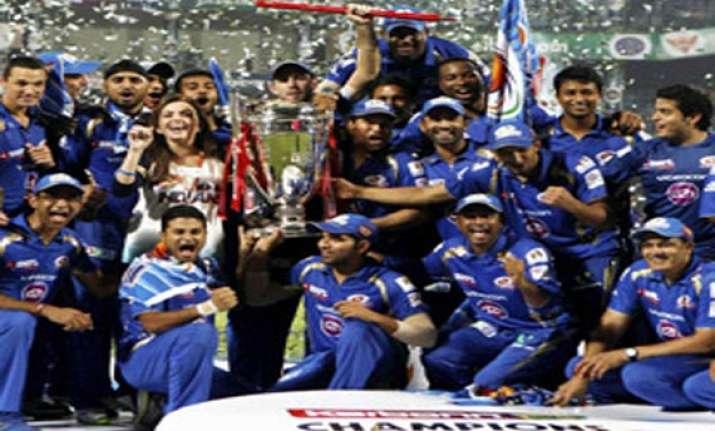 clt20 harbhajan smith win individual awards