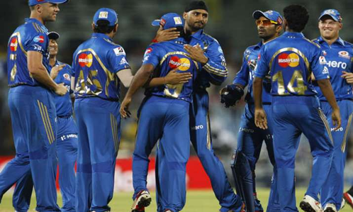champions league t20 mumbai indians opt to bowl