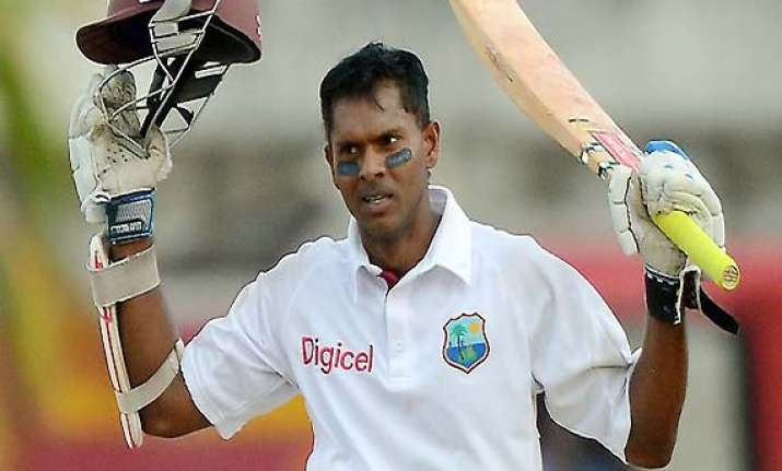 chanderpaul returns to the number one spot
