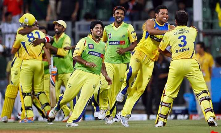 chennai ride on raina to beat bangalore and enter ipl final
