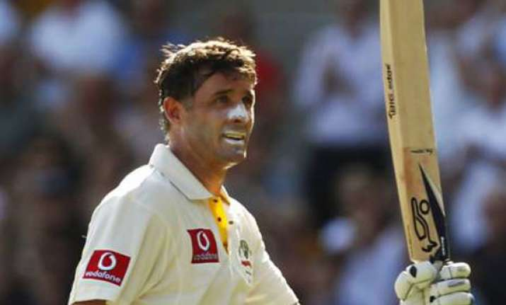 cool hussey sees australia to 2 1 series victory