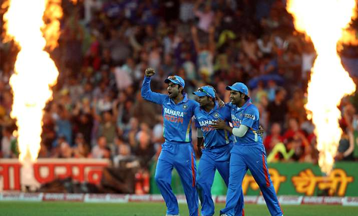 cricket australia pulls hindi ads