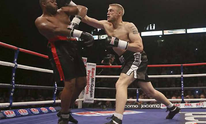 cricketer andrew flintoff wins debut fight in boxing
