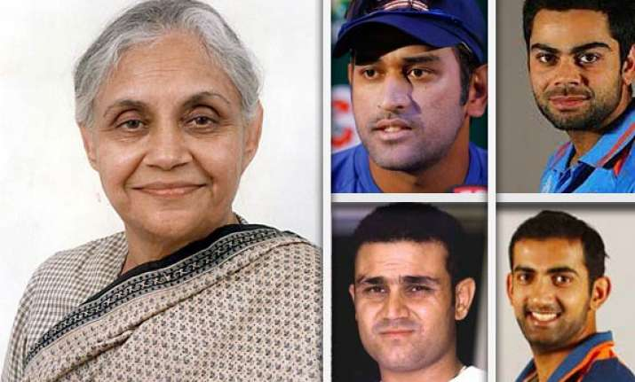 delhi govt to send cheques to dhoni and 4 other players
