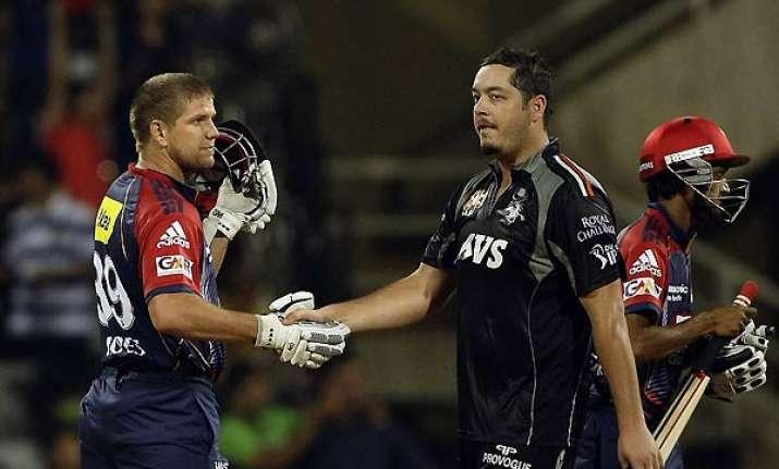 delhi daredevils beat pune warriors by three wickets