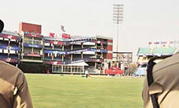 dew may cause late start of india pak kotla odi