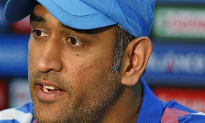 dhoni wary of sri lankan spinners in world t20 final