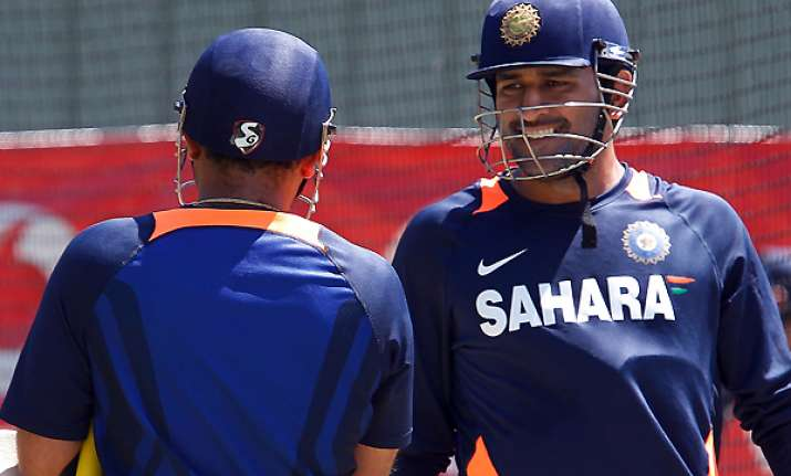 dhoni says i have never seen an indian side fight