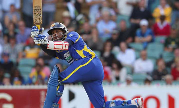 dilshan stars as sri lanka spank aussies level finals 1 1