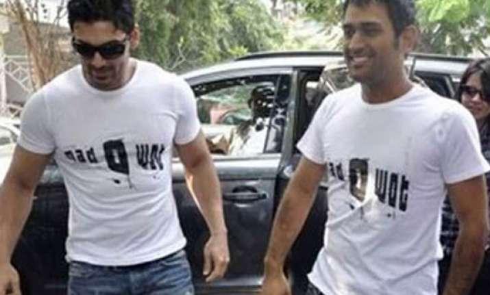 don t be harsh on dhoni says john abraham