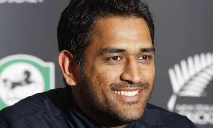 don t irritate your own team dhoni tells sreesanth