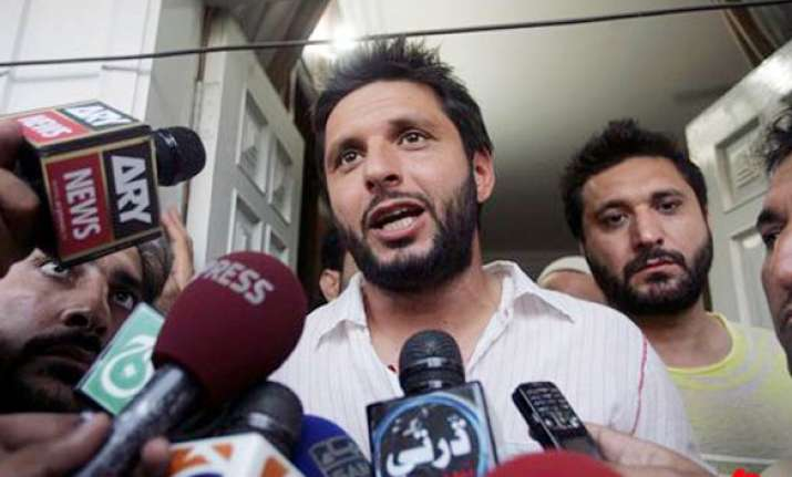 don t treat us as untouchables afridi s appeal to bcci