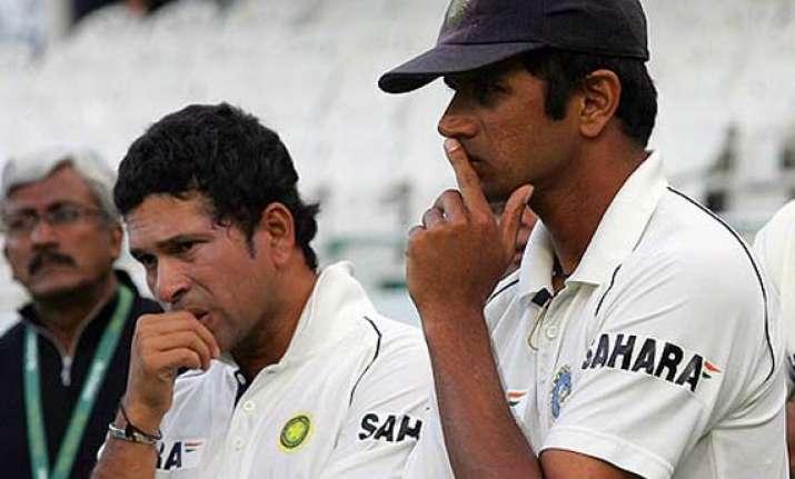 dravid rises tendulkar drops in icc test rankings