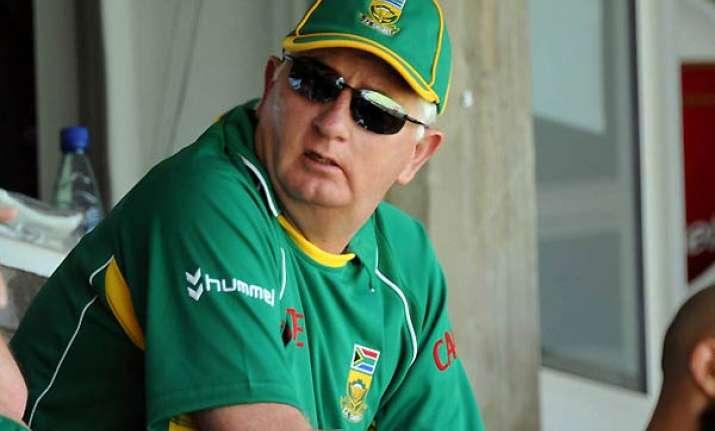 duncan fletcher is team india s new coach