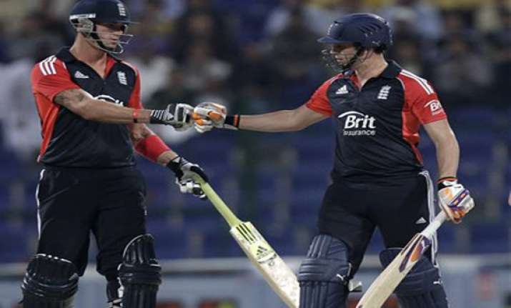 england beats pakistan to win 2 1 in t20 series
