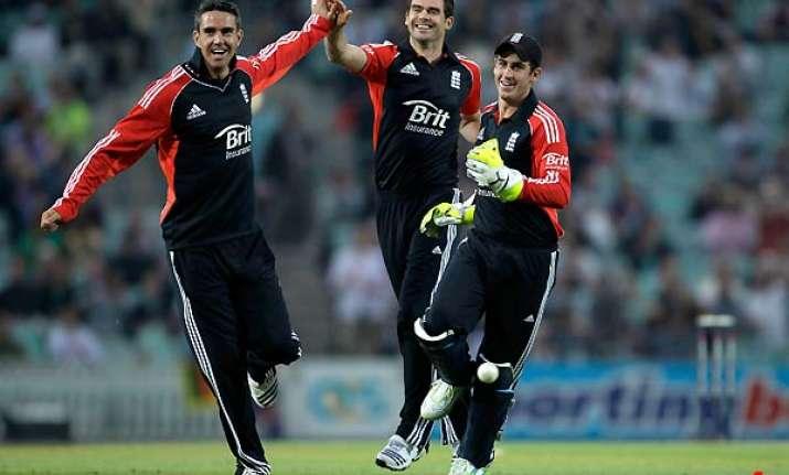 england beats sri lanka by 110 runs in 1st odi